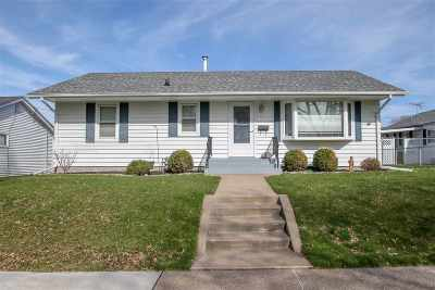Davenport IA Single Family Home For Sale: $150,000