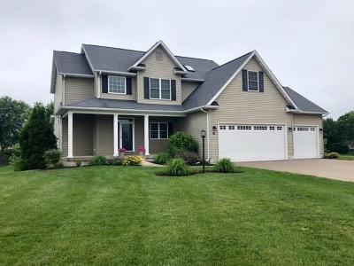 Eldridge Single Family Home For Sale: 17 Nicholas