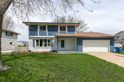 Eldridge Single Family Home Contingent: 806 W Iowa Street