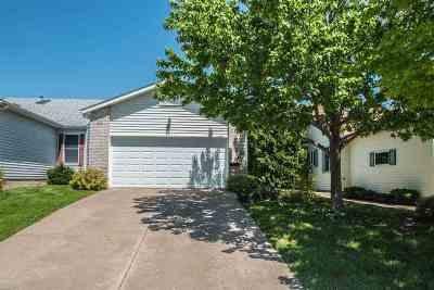 bettendorf Condo/Townhouse For Sale: 3312 Parkwild