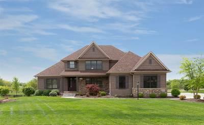 Bettendorf Single Family Home For Sale: 3934 Grayhawk