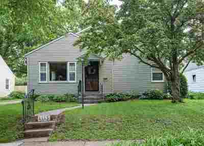 Davenport IA Single Family Home For Sale: $186,000