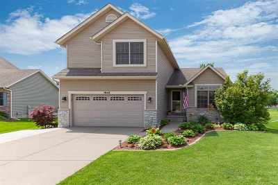 Davenport IA Single Family Home For Sale: $279,900
