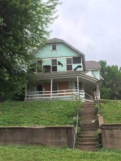 Davenport Single Family Home For Sale: 1830 E 11th