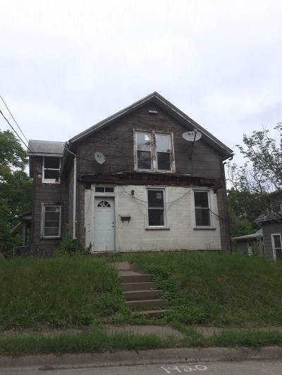 Davenport Single Family Home For Sale: 1920 E 14th Street