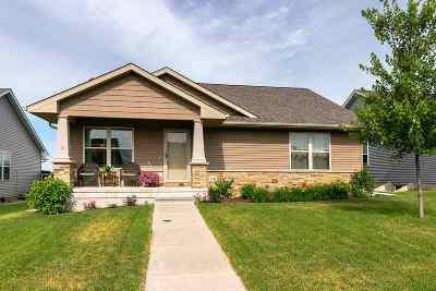 Prairie Heights Single Family Home For Sale: 6336 Mississippi