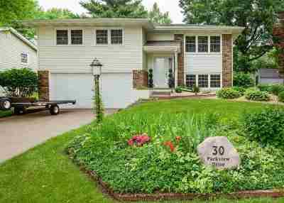 Eldridge Single Family Home For Sale: 30 Parkview