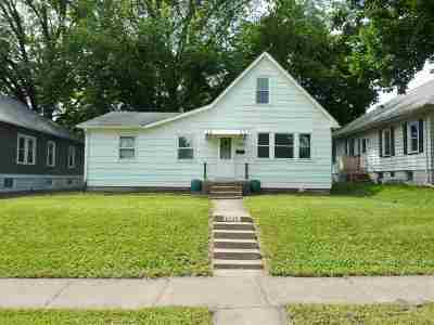Davenport IA Single Family Home For Sale: $100,000