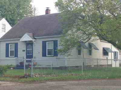Davenport IA Single Family Home For Sale: $80,000