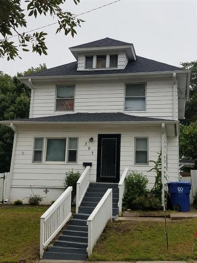Davenport IA Single Family Home For Sale: $76,000
