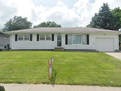 Davenport IA Single Family Home For Sale: $135,000