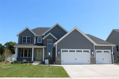 Bettendorf Single Family Home For Sale: 7051 St. Ann Drive