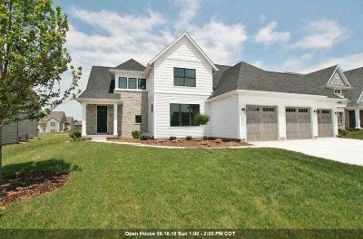 Bettendorf Single Family Home For Sale: 3718 Cobblestone Drive