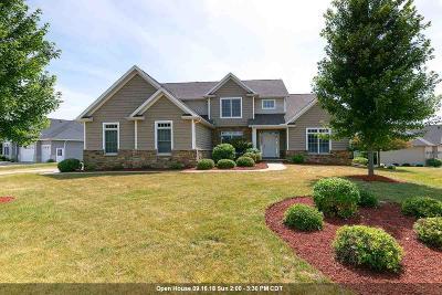Bettendorf Single Family Home For Sale: 3972 Kensington