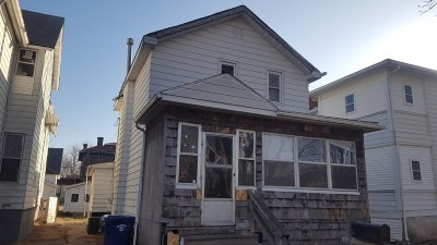 Single Family Home For Sale: 515 S 4th