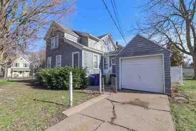 Davenport IA Single Family Home For Sale: $74,900