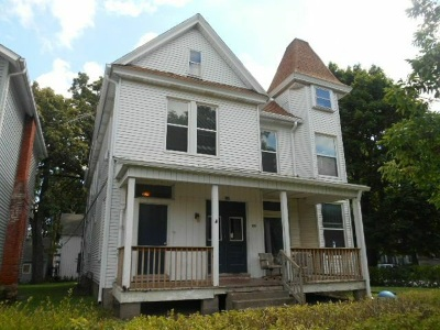 Davenport Multi Family Home For Sale: 133 W 13th