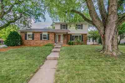 Eldridge Single Family Home For Sale: 501 S 8th Street