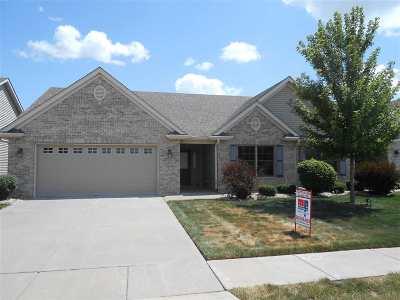 Bettendorf Condo/Townhouse For Sale: 3536 Black Lion Creek