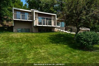 Le Claire Single Family Home For Sale: 2604 Valley Drive