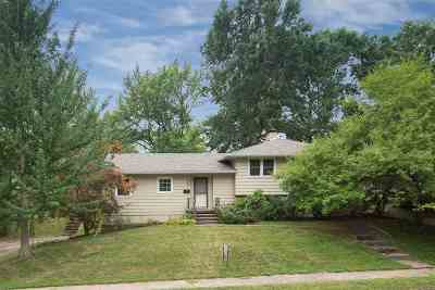 Davenport IA Single Family Home For Sale: $139,000