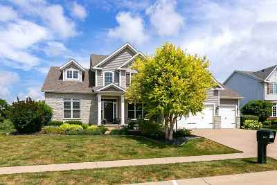 Bettendorf Single Family Home For Sale: 3308 Summertree