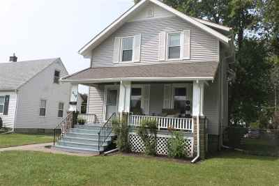 Davenport Single Family Home For Sale: 618 S Dittmer
