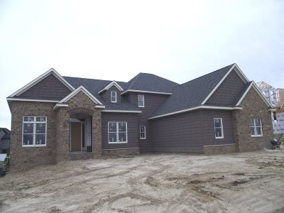 Bettendorf Single Family Home For Sale: 5532 Pigeon Creek Road