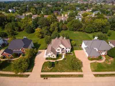 Bettendorf Single Family Home For Sale: 2610 Heather Glen Avenue