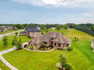 Bettendorf Single Family Home For Sale: 3967 Grayhawk Court