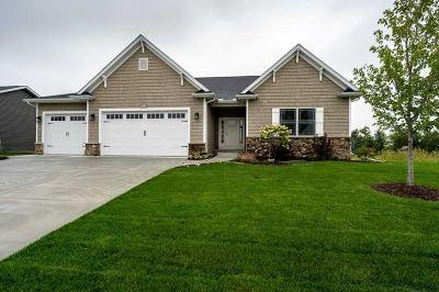 Bettendorf Single Family Home For Sale: 4808 Mason Run