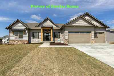 bettendorf Single Family Home For Sale: 5788 Willmeyer Drive