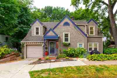 Davenport Single Family Home For Sale: 56 Kenwood Avenue
