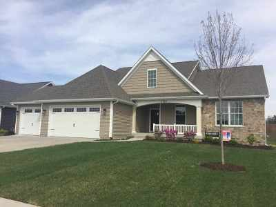 bettendorf Single Family Home For Sale: 4709 Cottage Lane