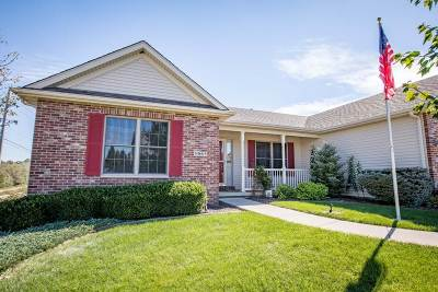 Bettendorf Single Family Home For Sale: 5965 Star View Drive