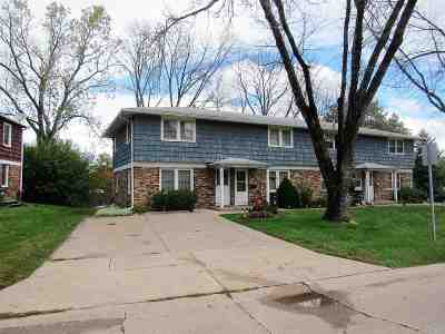 Bettendorf Condo/Townhouse For Sale: 2507 Hawthorne Drive