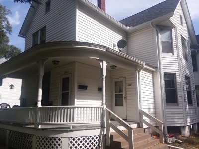 Davenport IA Single Family Home For Sale: $139,900