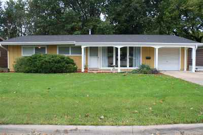 Bettendorf Single Family Home For Sale: 1222 14th Street