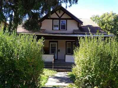 Davenport IA Single Family Home For Sale: $55,000