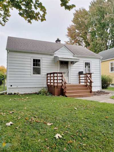 Davenport IA Single Family Home For Sale: $74,900