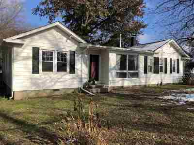 Davenport IA Single Family Home For Sale: $229,900