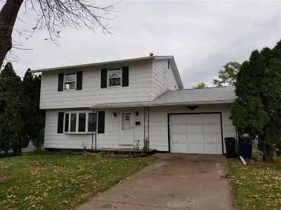Davenport IA Single Family Home For Sale: $99,900