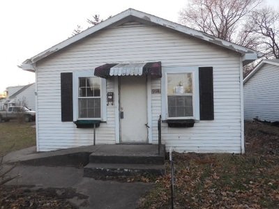 Davenport Single Family Home For Sale: 914 S Elsie Avenue