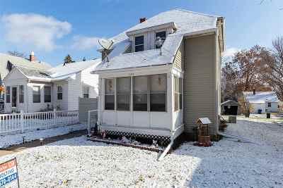 Davenport IA Single Family Home For Sale: $79,900