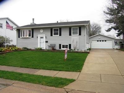 Davenport IA Single Family Home For Sale: $184,900