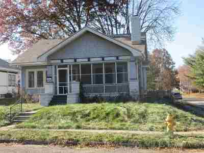 Davenport IA Single Family Home For Sale: $132,500