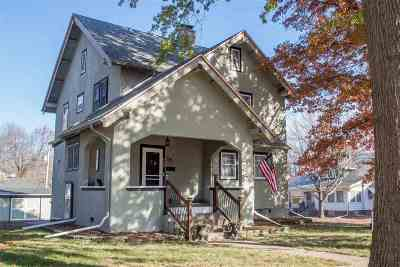 Davenport IA Single Family Home For Sale: $183,000