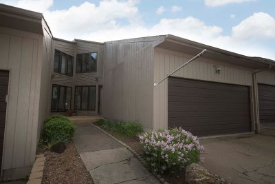 bettendorf Rental For Rent: 4074 Prairie Lane