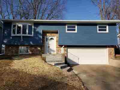 Bettendorf Single Family Home For Sale: 2572 New Lexington