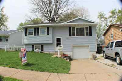 Davenport IA Single Family Home For Sale: $137,000